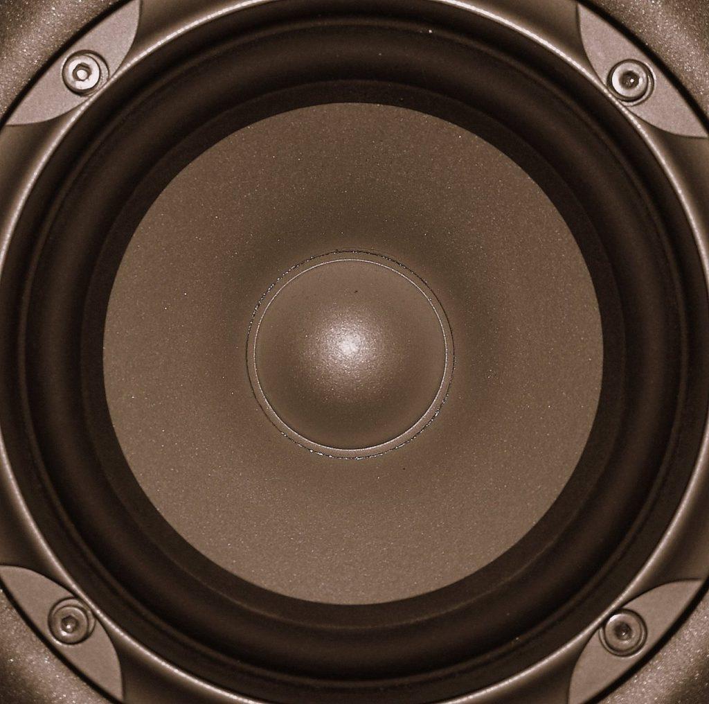 Jak wybrać amplituner do kina domowego?