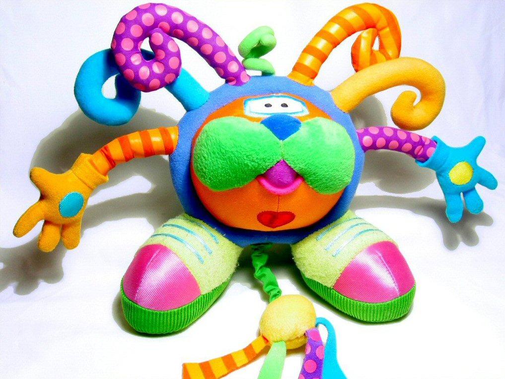 Najlepsze zabawki manualne dla rocznego dziecka – 5 pomysłów na prezent